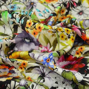 Tissu satin de soie imprimé floral
