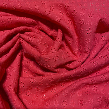 Tissu broderie anglaise 100% coton rouge