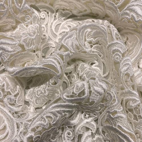 Tissu guipure ivoire