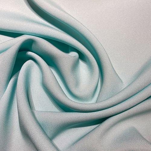 Tissu caddy crêpe envers satin bleu ciel