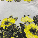 Tissu brocart de soie imprimé floral jaune