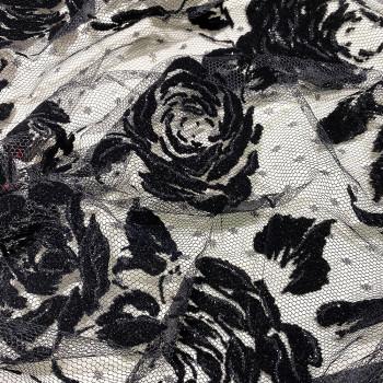 Tulle pailleté fleurs noires floquées sur tulle plumetis noir (3,5 mètres)