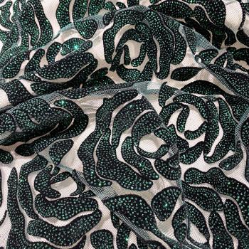 Tulle pailleté fleurs floquées et pailletées vert émeraude sur tulle noir