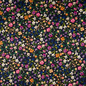 Tissu satin de coton imprimé floral