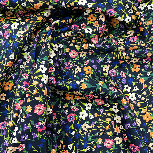 Satin de coton imprimé floral bleu marine