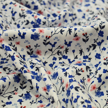 Poplin fabric 100% cotton rose and blue flowers